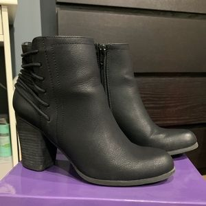 Madden Girl Dutton Black Paris Ankle Boots